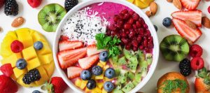 healthy snacks bowl of fruits